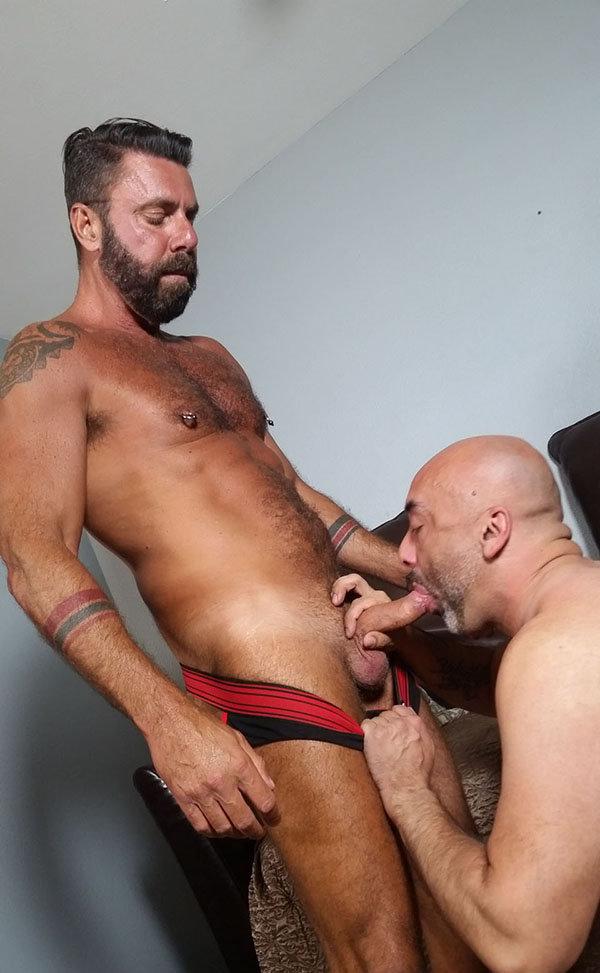 hot-old-men